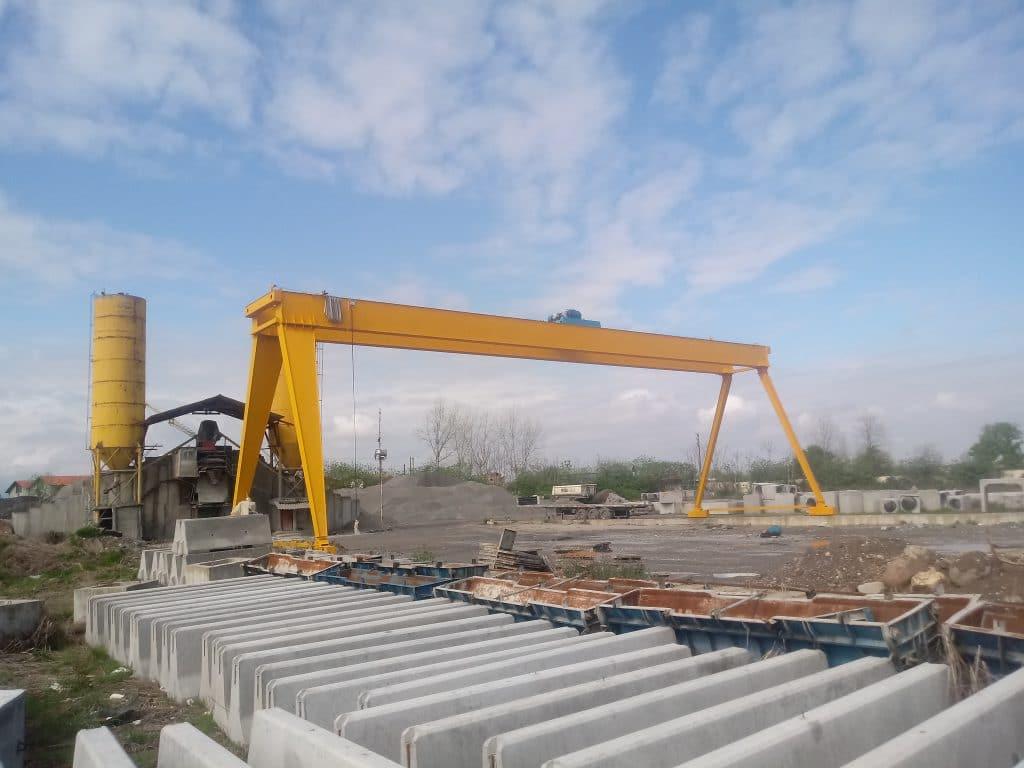 نصب و راه اندازی جرثقیل دروازه ای 25 تن فراز صنعت